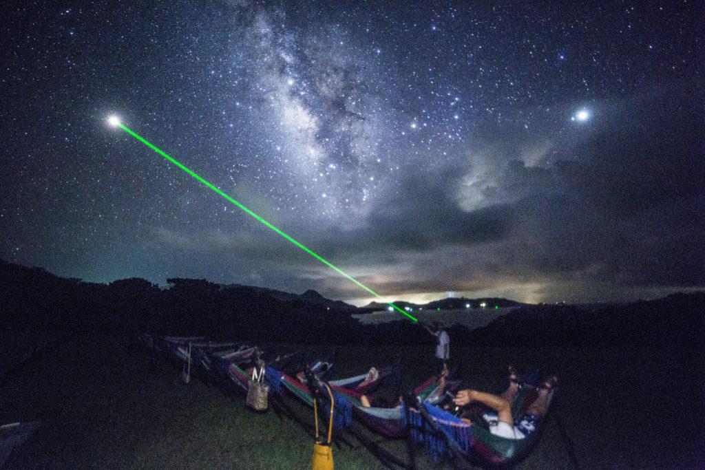 石垣島の星空保護区で星空ツアー流れ星の丘