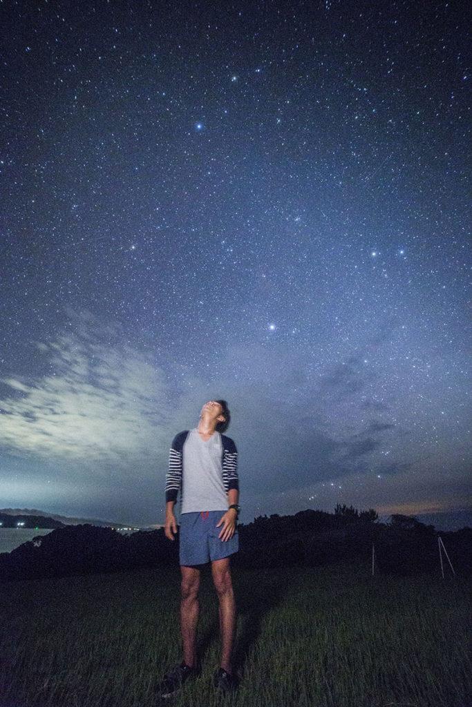 流れ星の丘一人旅の星空